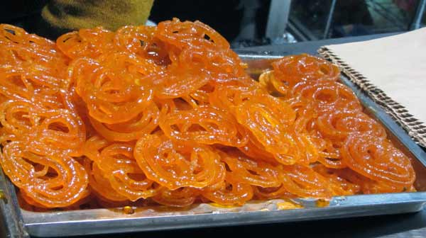 Old Delhi's famous jalebi wala in chandni chowk