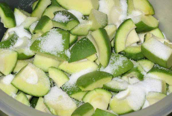 Fresh Avakai Mangoes Chopped