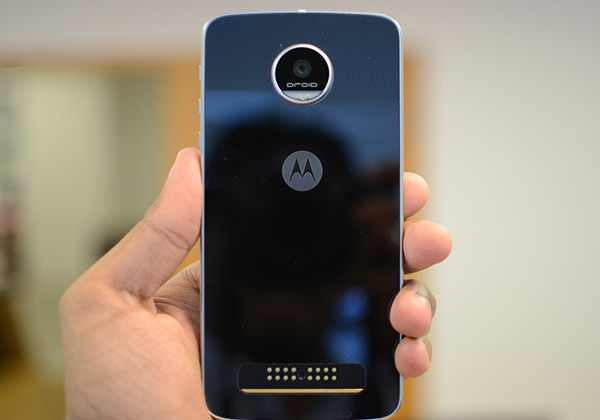 Moto Z2 Play sports a metallic look.