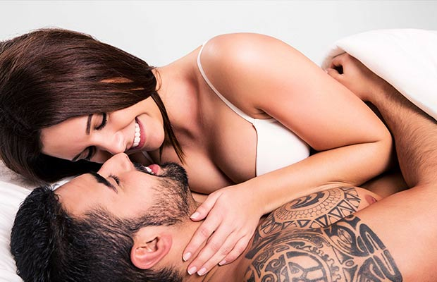 Top 10 romantic ways to make happy Your Man in Bed