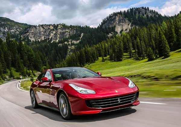 Ferrari GTC4Lusso can race uo tp 100 kph in just 3.4 seconds